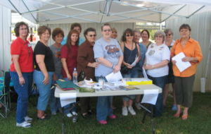 Here are a few of us -way back when - at the first meeting of the Mississippi Gourd Society.